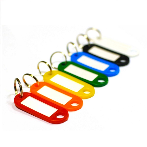 Пластиковая бирка - брелок для ключей